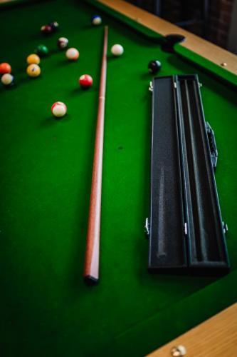 Murphys of Healesville Jarrah Pool Cue 14